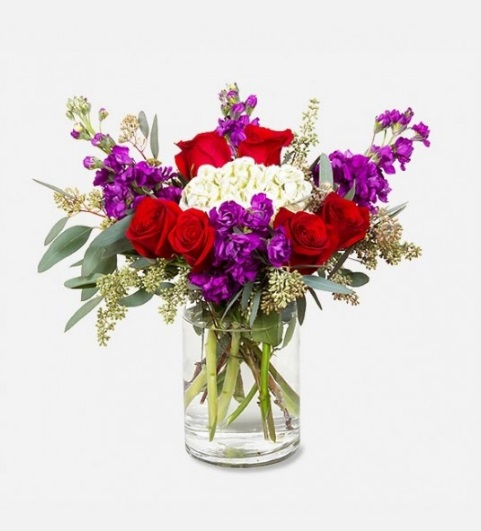Bring the beauty of flowers and plants to your life with this New York Florist