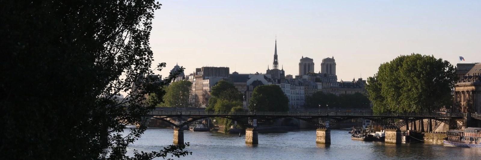 Content Marketing Monetization, Paris, Siene river, France