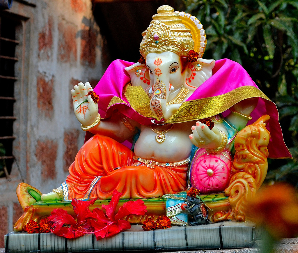 Happy Ganesh Chaturthi 2017 Images, Wishes, Messages, Greetings, Status, Shayari, HD Wallpapers Free Download