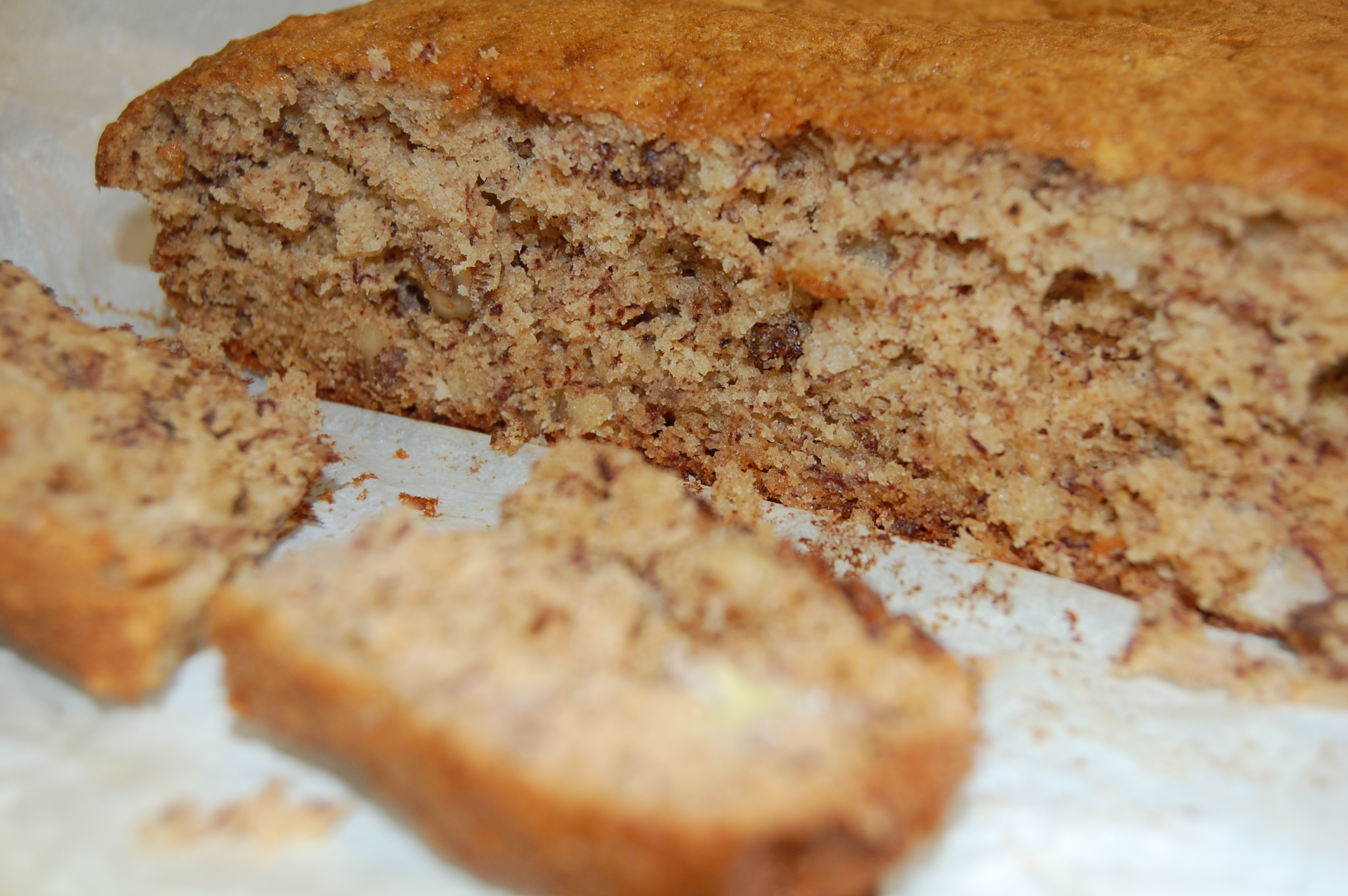 Friday Recipe | Walnut and Banana Cake