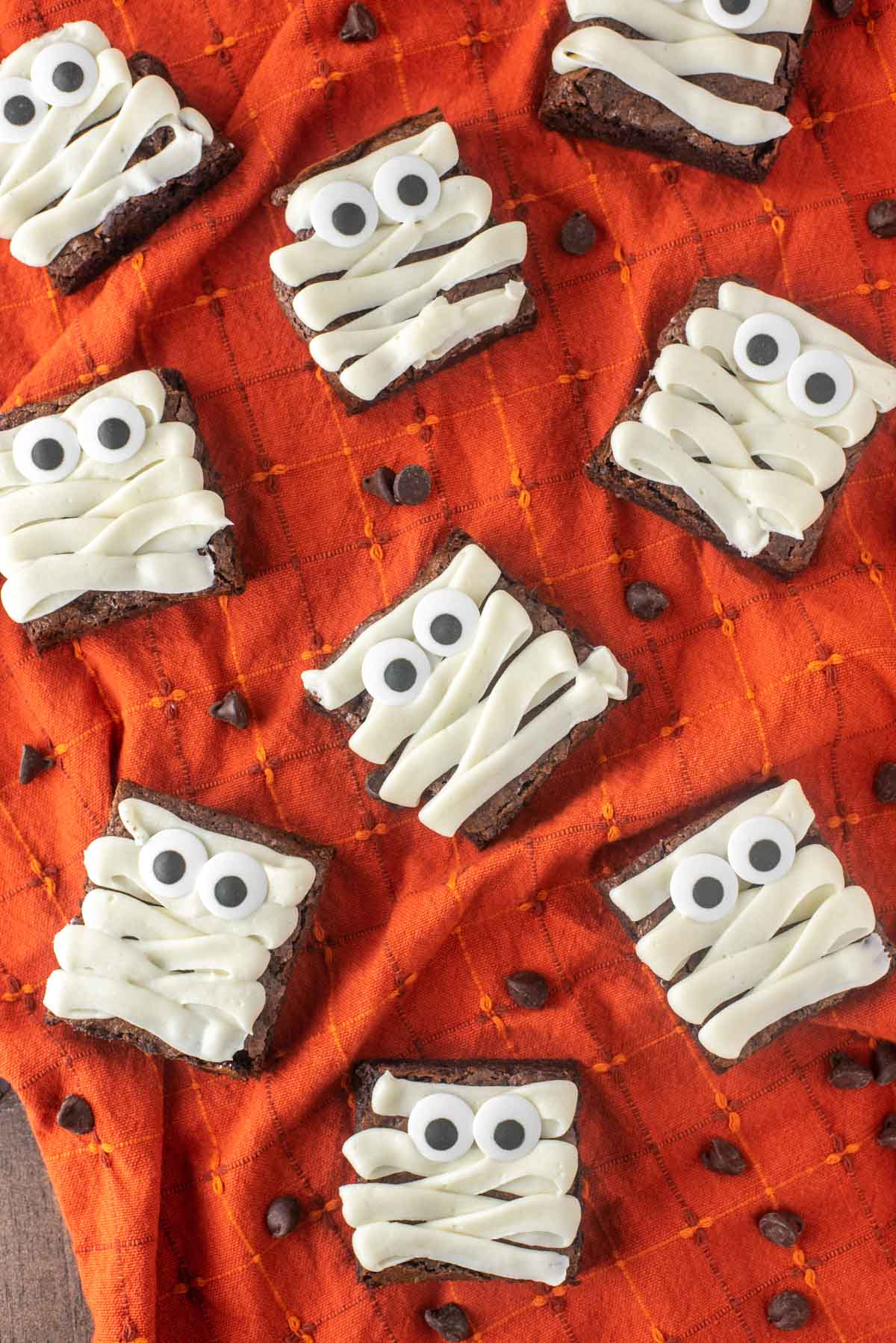 mummy-brownies-haloween-desserts