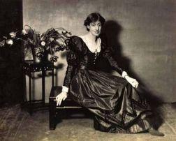 Woolf in Vogue 1924