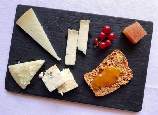 Surtido de quesos artesanos