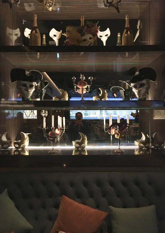 Expositor de máscaras en Gatsby