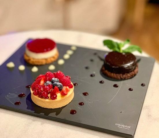 Surtido de postres en Chef's Table Andorra