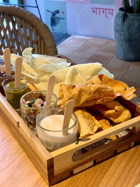 nachos con salsas