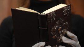 Nuevas imágenes de The Tales of Beedle the Bard (Tercera Colección) en Amazon.com
