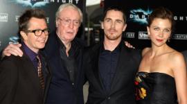 Gary Oldman Asiste a la Premiere de 'Batman: El Caballero Oscuro'