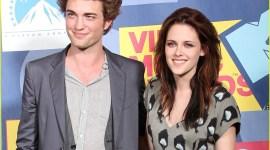 Imágenes y Clips de Robert Pattinson en Entrega de los 'MTV Music Video Awards'