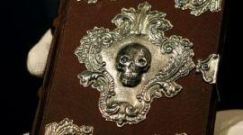 Nuevo Concurso para Ganar una Edición de Colección de 'Beedle el Bardo'
