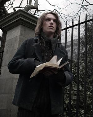 Confirmado: Jamie Campbell Bower será Gellert Grindelwald en 'Harry Potter y las Reliquias de la Muerte'