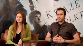 'El Misterio del Príncipe': Bonnie Wright y Matthew Lewis Asisten a Conferencia de Prensa en Polonia