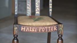 Se subastó la silla de Rowling por casi 20.000 Libras