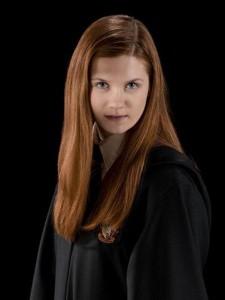 Bonnie Wright como Ginny Weasley