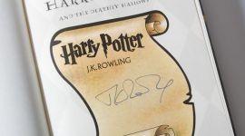 """Subastarán un ejemplar de """"Las Reliquias de la Muerte"""" firmado por Rowling"""