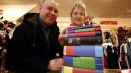 'Mortífago' Dona Libros de 'Harry Potter' a Fundación Británica de Caridad