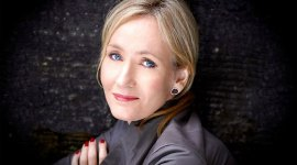 JK Rowling Realiza Generosa Donación a Centro de Ayuda para Mujeres en Escocia