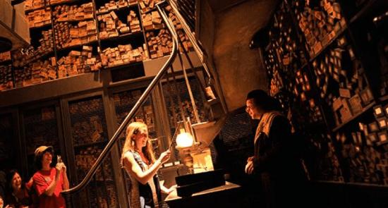 Harry Potter BlogHogwarts Inauguracion Parque Japon Tom Felton Evanna Lynch (11)