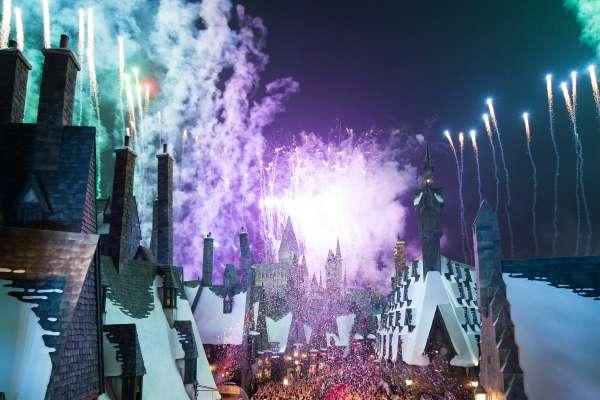 Harry Potter BlogHogwarts Inauguracion Parque Japon Tom Felton Evanna Lynch (2)