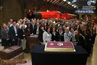28 Imágenes Oficiales de la Inauguración del Expreso de Hogwarts en el Tour de Harry Potter