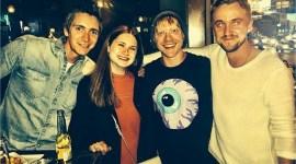 Imagen de la Semana: Tom Felton va de fiesta con los 'Weasley'