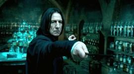 """Cómo logró Alan Rickman que un niño con cáncer saliera en """"Harry Potter"""""""