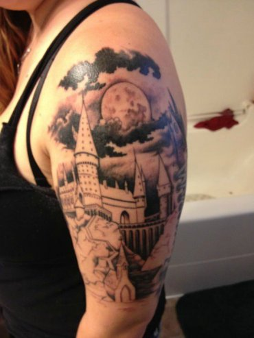 18 épicos tatuajes de Harry Potter que querrás hacerte