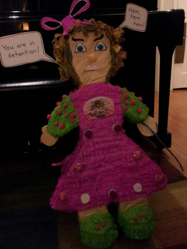 umbridge piñata