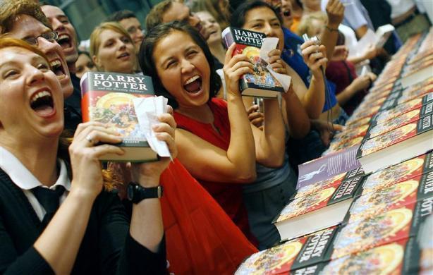 Harry Potter BlogHogwarts Fiesta Lanzamiento Media Noche
