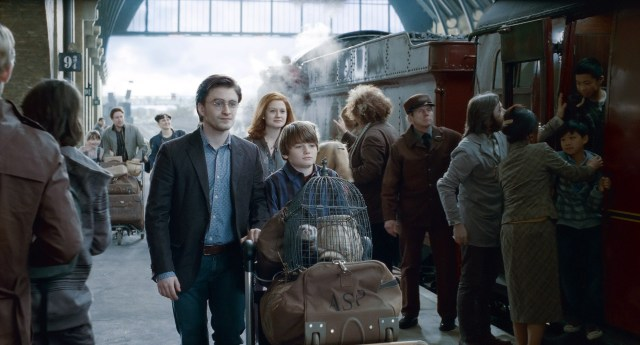 CA.0802.harry.potter.hallows.2.