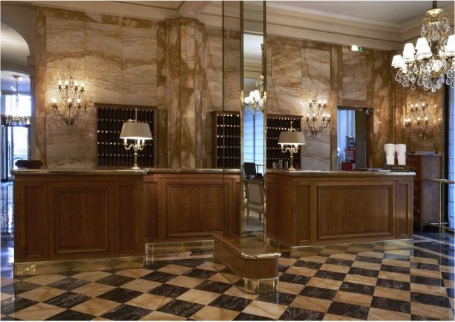 meuble reception hotel de Crillon