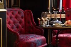 La-Reserve-Paris-Hotel-Wine-degustation