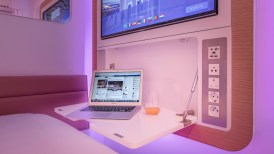 cdg-premium-cabin-desk-1280x720