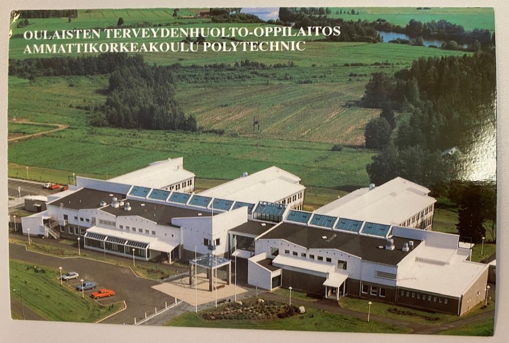 Ilmakuva Oulaisten kampuksesta, postikortti