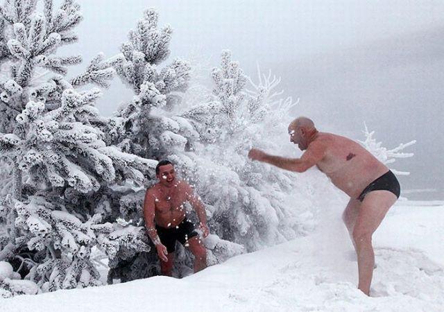 Nadando no inverno da Sibéria