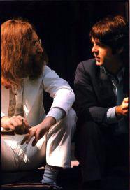 Bastidores da produção da capa do álbum Abbey Road dos Beatles