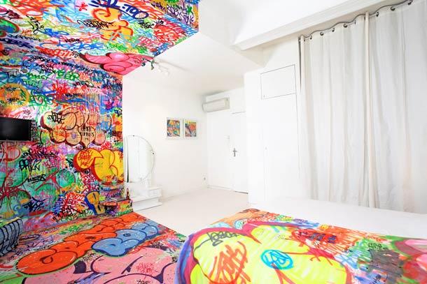Quando a arte de rua encontra um quarto de hotel