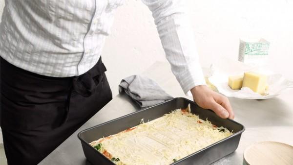 Que tal preparar um prato e depois comer o livro de receitas?