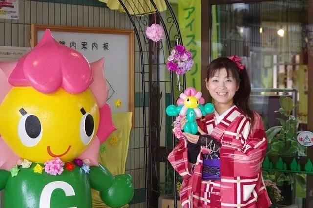 荒子川公園バルーンアートふららちゃん