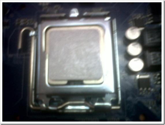 18 Pasta térmica aplicada al procesador