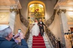casamento-classico-chegada-da-noiva-vanessa-e-gabriel-Foto-Sabrina-Vasconcelos-10