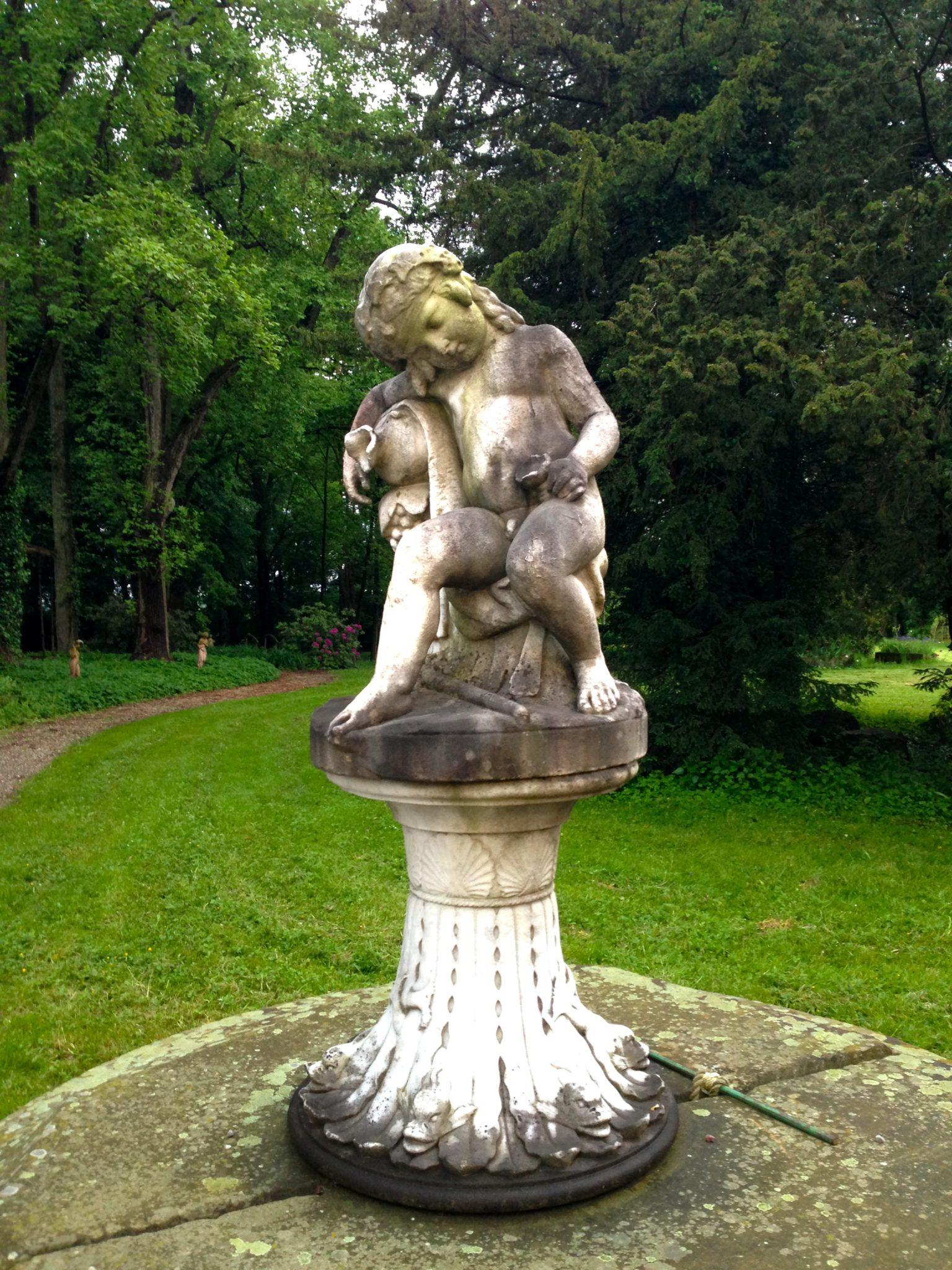 statue du parc de chateau