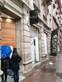 Resto Sushi's au centre ville de Strasbourg vitrine 2