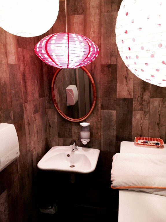 Poids Plume restaurant Bistrot Viet Strasbourg WC