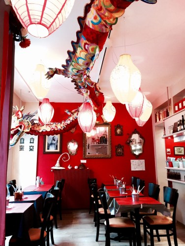 Poids Plume restaurant Bistrot Viet Strasbourg salle interieure 3