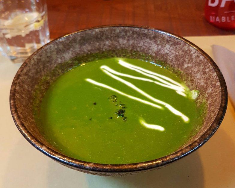 Velouté tiede de chou Kale au lait de coco