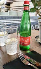 MiTo restaurant italien pizza Strasbourg Place Austerlitz eau pétillante
