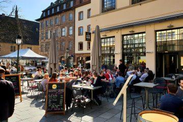 Le Ptit Brass restaurant brasserie Strasbourg rue du vieux marche aux poissons beer food terrasse tarte flambée