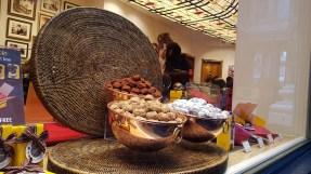 Galerie Royales on toinen toistaan houkuttelevampia suklaapuoteja. Muualla suklaata saa edulllisemmin.