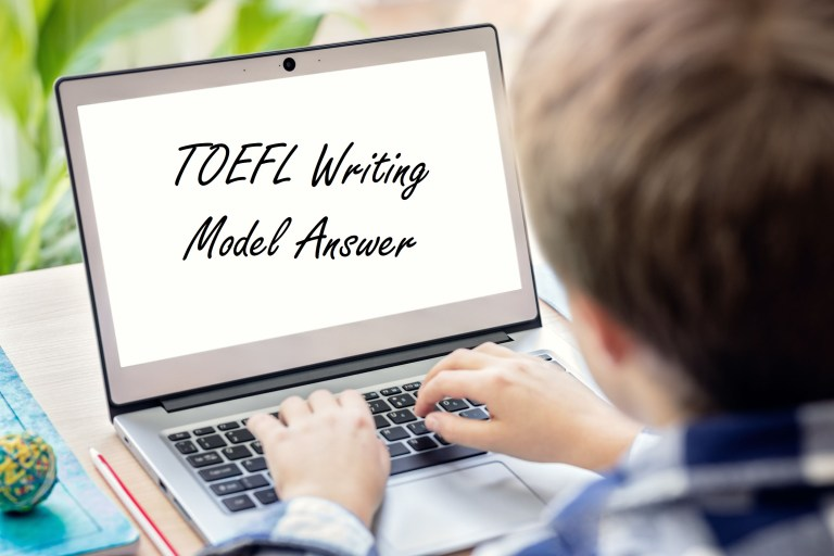 TOEFLライティング解答例